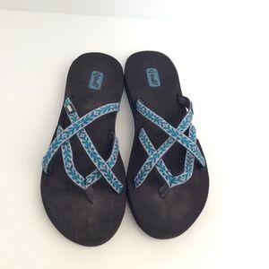 20f3ff514 Teva Shoes - 🔴CLEARANCE🔴Teva Mush Sandals